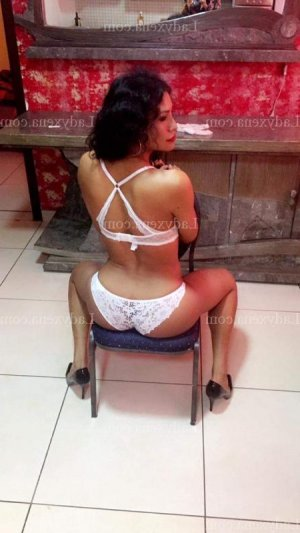Assiah escort girl massage