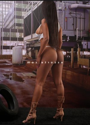 Clarelle massage ladyxena escorte à Paris 10